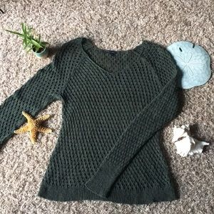 🍃 American Eagle Long Sleeve Sweater Size M